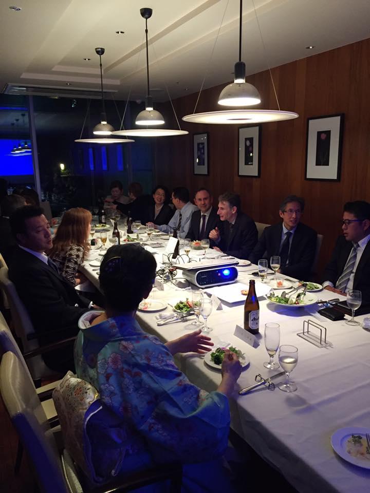 英国大使館食事会2